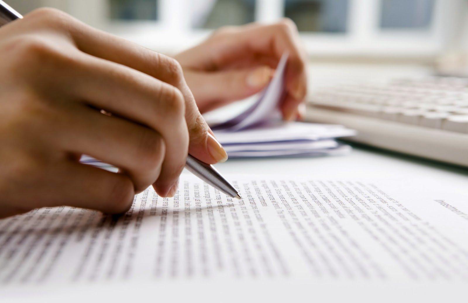 Technical report writing   Technical Report Writing Guidelines     A Technical Report Writing Manual   The Art of Chocolate Cake Kerrie Anne  Christian